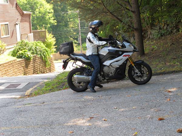 3-hillparking