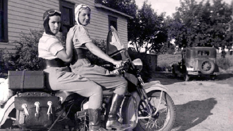 Why-You-Should-Date-a-Woman-Who-Rides-a-Motorcycle_09