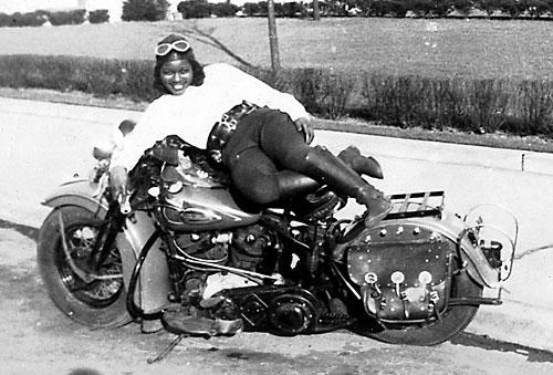 nu-da-check-pioneering-women-motorcyclists-14645_11