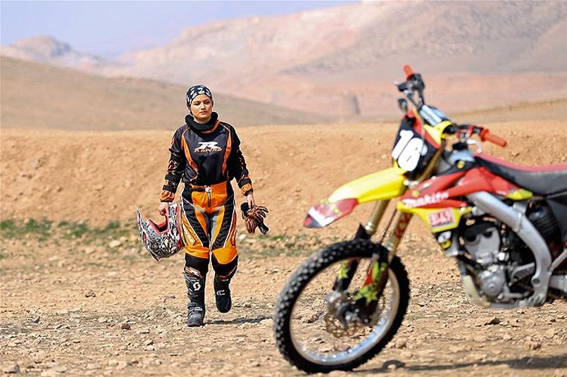 Behnaz-Shafiei-iran-motocross4