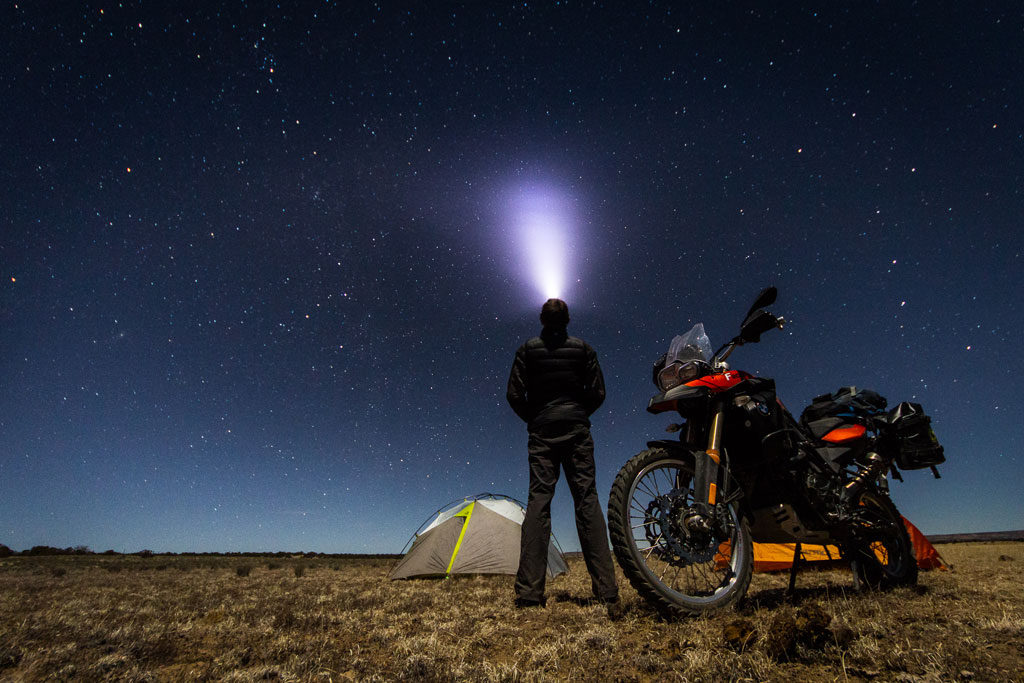 motorcycle-camping-under-stars