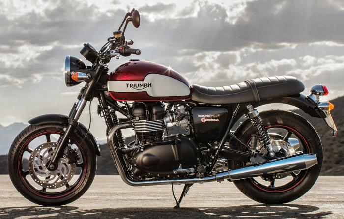 Triumph-Bonneville-motoplanete