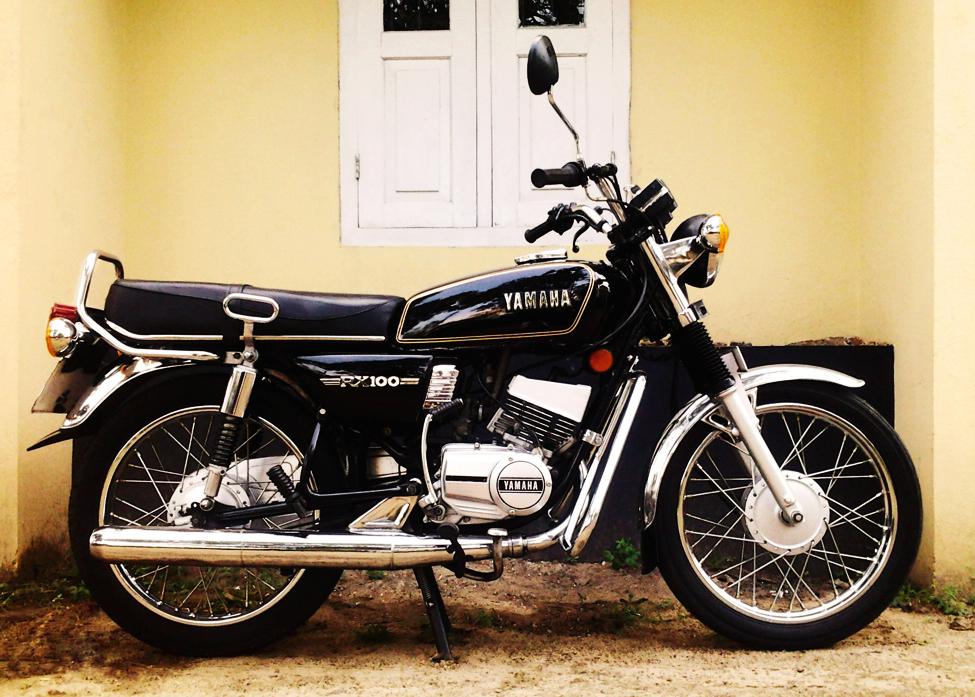 Yamaha-RX-100-wikimedia