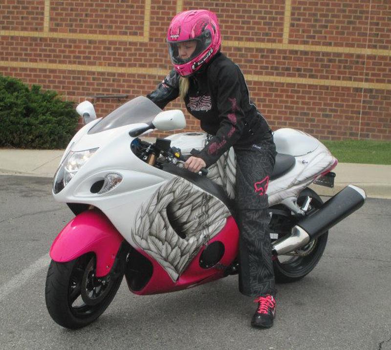 pinksportbike