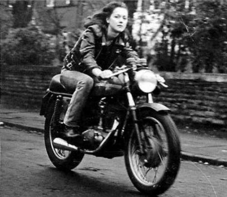 vsdfsdfintage-motorcycle-500-tumblr_l4p1yvqjvo1qbd0kbo1_400wtmk_465_402_int